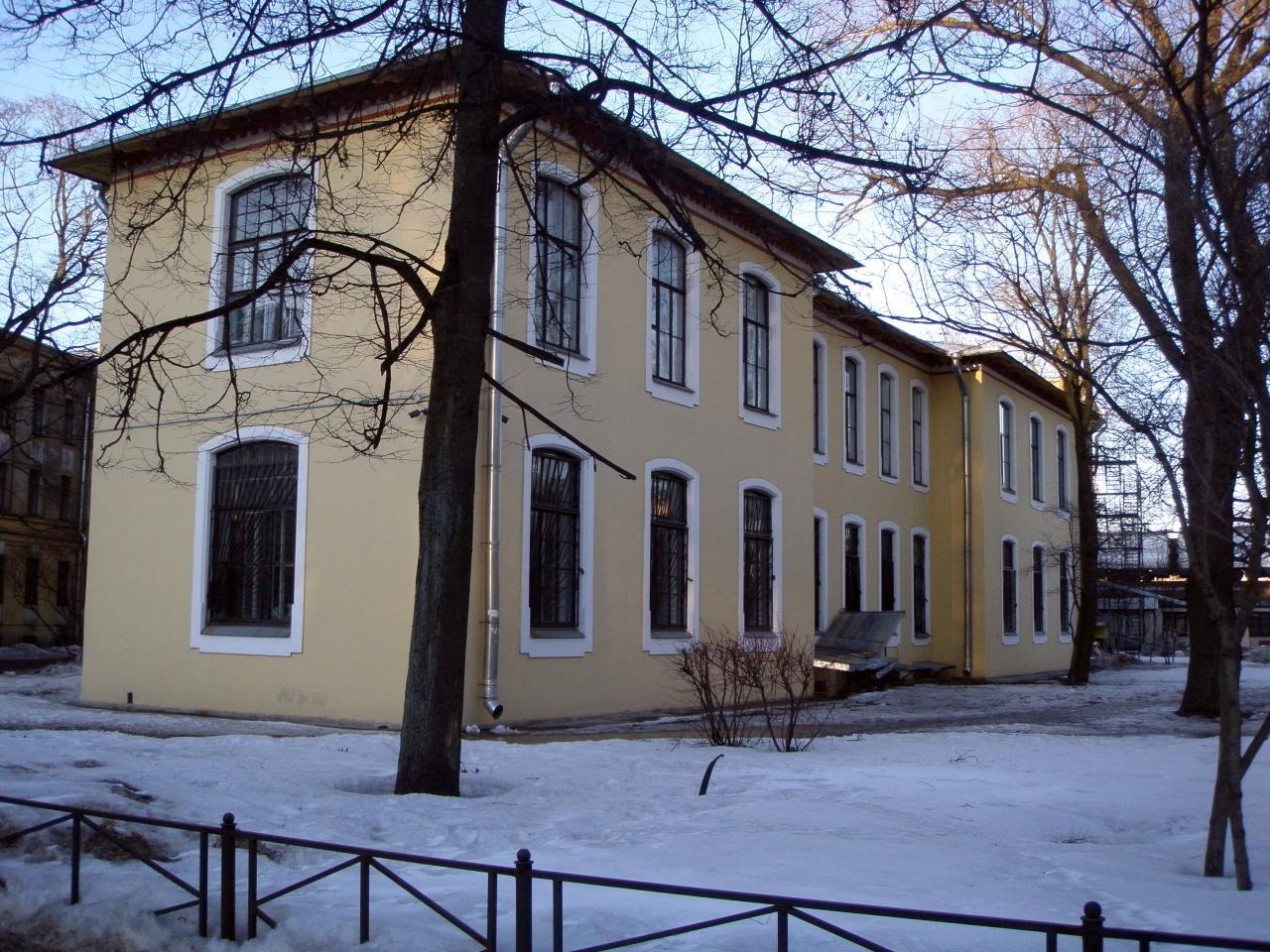 53 поликлиника василеостровского района телефон