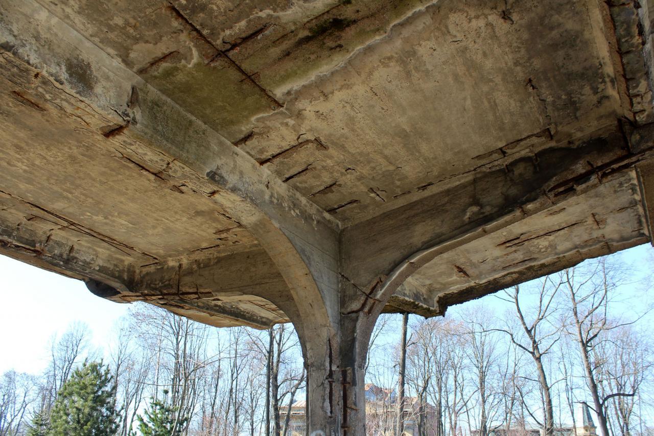 Железо в бетоне краска для бетона казань купить